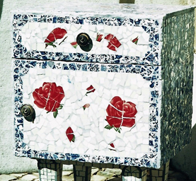 Red Rose Side Table